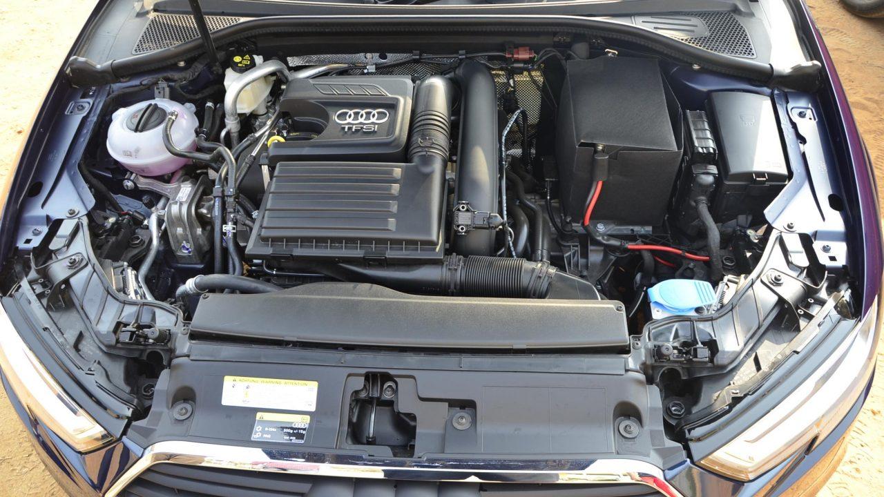 троит двигатель авто